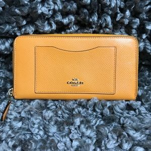 Coach Leather Wallet never used